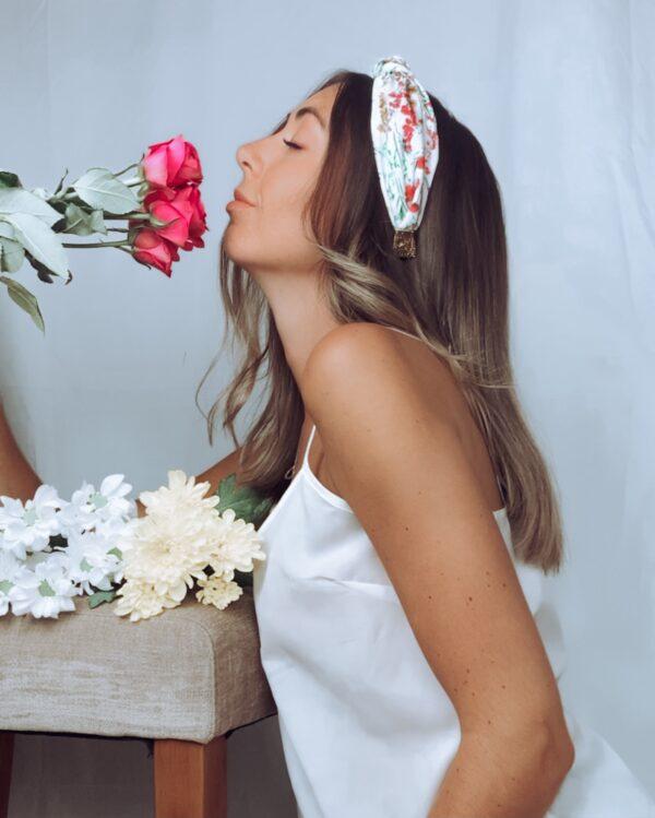 Lila White Floral Turban Headband